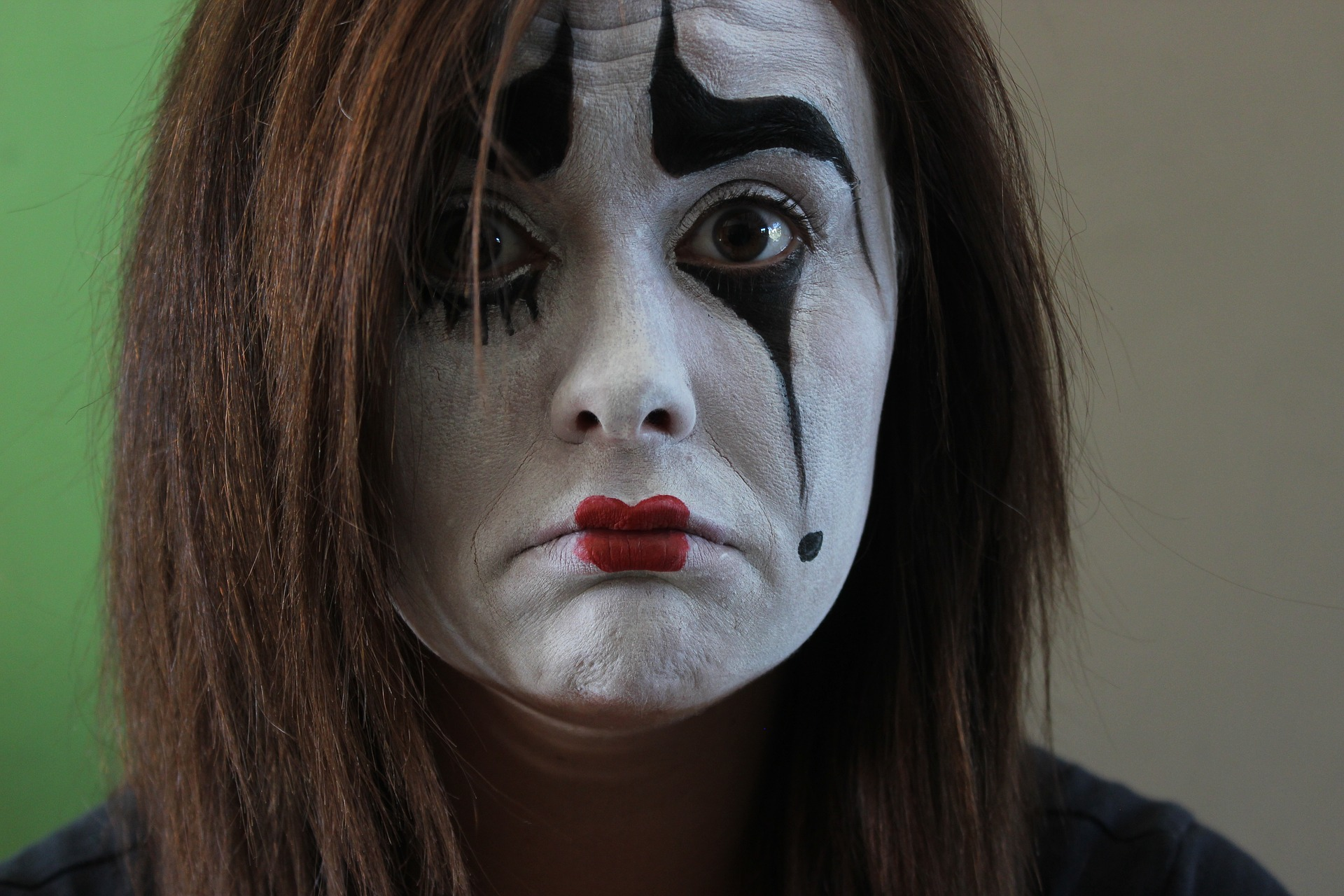 image issues, sad clown. sad mime. body issues
